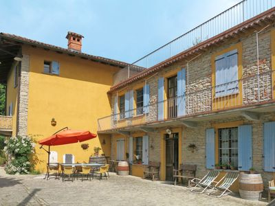 Photo for Vacation home Agriturismo La Rovere (COB160) in Cossano Belbo - 10 persons, 5 bedrooms