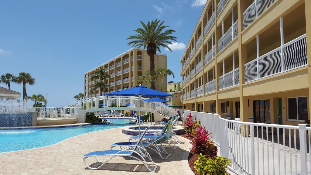 C Reef Beach Resort St Pete Florida Vacation Condo 2