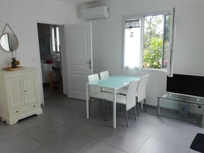 Photo for Independent 2 room apartment with terrace and pool view.