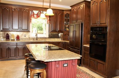 A Chef's Dream! Large, Gorgeous, Fully-Stocked Kitchen w/Jenn-Air Appliances.