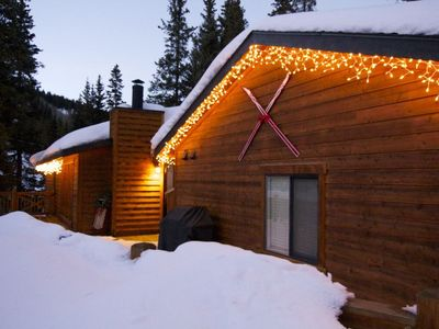 Photo for #1690 MODERN MOUNTAIN SKI CABIN - Minutes to Breck, 3 Bed/2 Bath, Hot Tub, Views