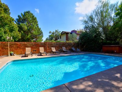 Masterpiece Retreat - a Corporate/Family Retreat-  just 3-5 min to Strip/Airport
