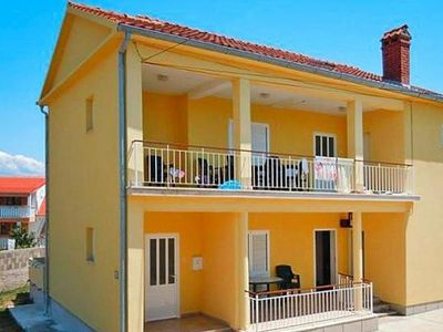 Photo for Apartments im Haus Jakov, Nin  in Norddalmatien - 5 persons, 2 bedrooms