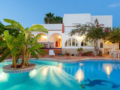 Photo for Beautiful villa Ramos in San Antonio Bay with BBQ and large pool