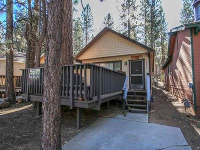 Photo for House in Big Bear Lake with Parking, Internet, Washing machine, Balcony (983748)