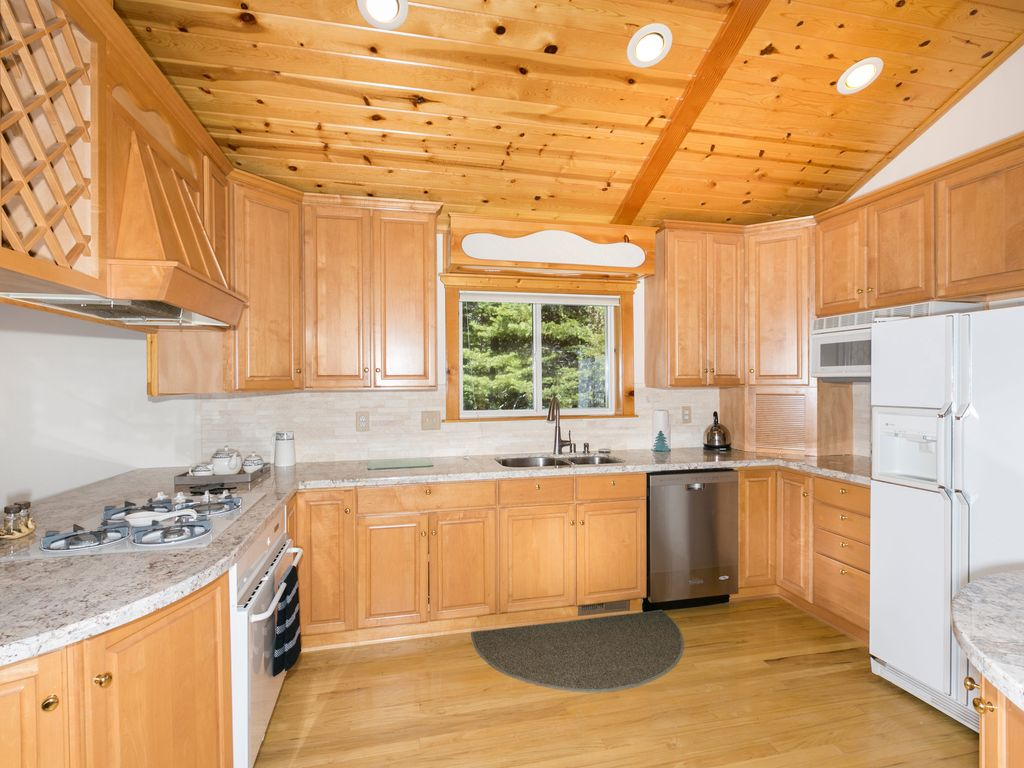 pine lake big and beautiful singles Vrbo is vacation rentals by owner – book over 1 million listings across our family of brands perfect for family vacations, reunions & group travel.