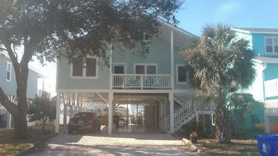 Photo for Beautiful Cottage W/Dock and Quick Walk to Beach/Dining