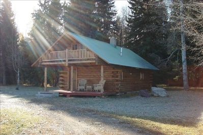 North Fork Trapper Cabin,on 10 acres with breathtaking views of Glacier Park