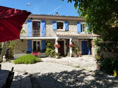 Photo for Independent lodging in provencal house.