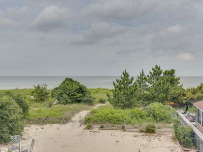 Photo for BEAUTIFUL COTTAGE ON NEAR PRIVATE BEACH. RELAX WITH FRIENDS FAMILY & DOGS!