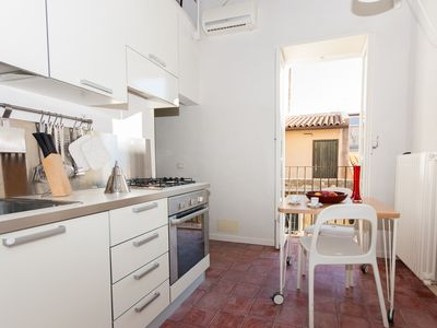 Photo for Modern old town apartment in Syracuse, quiet area, WiFi, aircon, max. 4 people