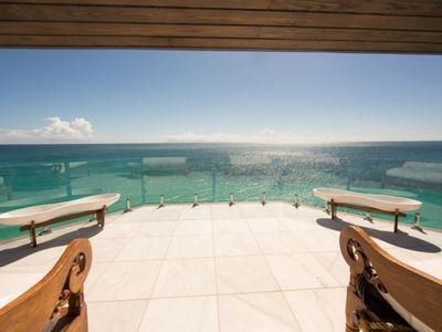 Tamarind Oceans 7, A Luxury 3 Bedroom Villa with private pool and amazing ocean views