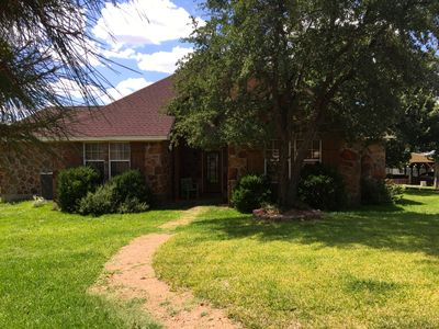 Photo for Charming Lakefront Home on constant level Lake LBJ