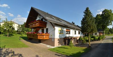 Photo for Apartment Linde for 4 pers. in Drognitz, OT Lothra, Thuringia, close Hohenwartetalsp.