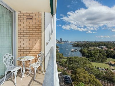 Photo for 2BR Apartment Vacation Rental in Wollstonecraft