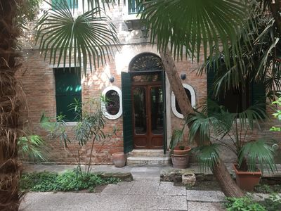 Photo for TINTORETTO 2 HOUSE WITH PRIVATE GARDEN, TWO FLOORS, 3 BEDROOMS, 7 BEDS