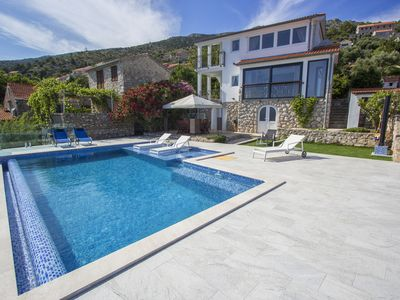 Photo for Three bedroom Villa with a sea view and a private pool