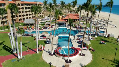 Photo for ** Charming Oceanfront Coral Baja Resort Condo With Great Sunrise Beach Views **