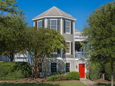 Photo for Magnolia: 4 BR / 3 BA house in Corolla, Sleeps 9