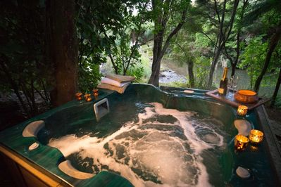 Have a private, luxurious and romantic getaway in a magical bush setting...