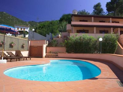 Photo for Cosy apartment for 6 guests with pool, WIFI, TV, veranda, panoramic view and parking