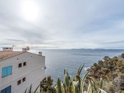 Photo for Cavalaire-sur-Mer Apartment, Sleeps 4 with Air Con and WiFi