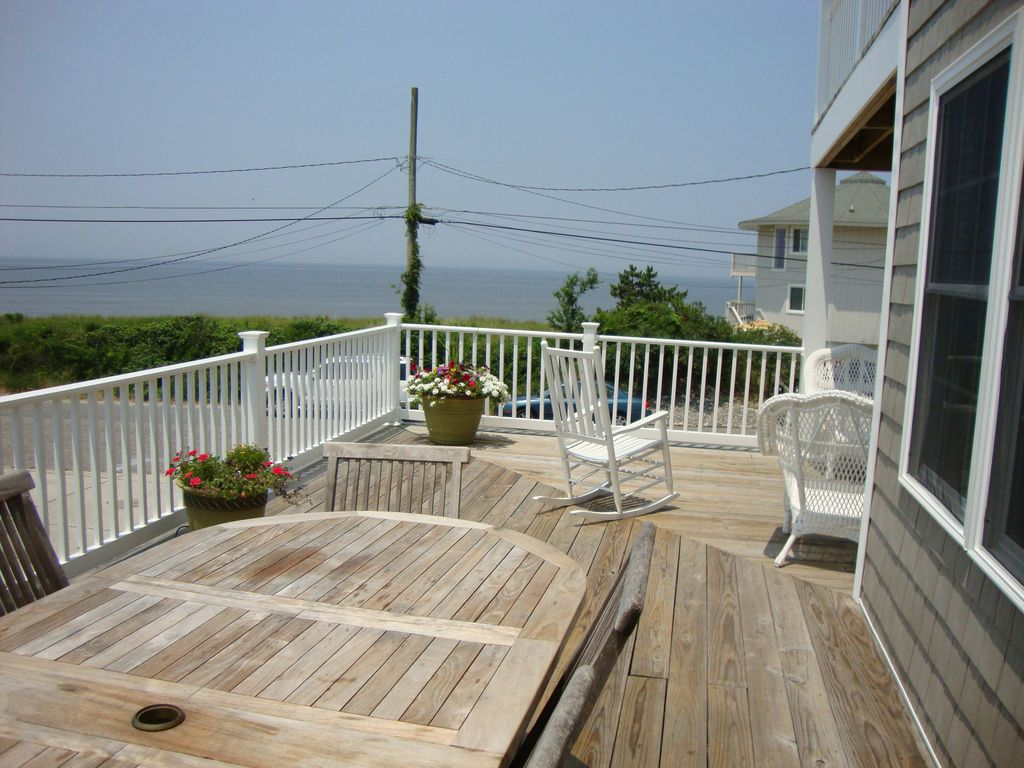 Pet Friendly Beach House Breath Taking Views w/ In Ground Heated Pool