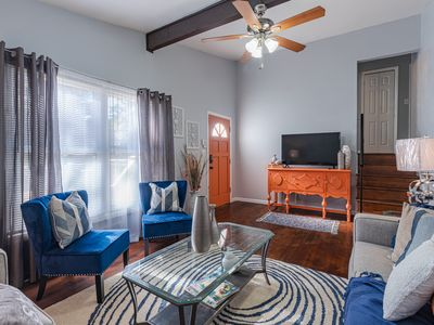 Photo for 10 Mins to Airport,Downtown Atl Close to restaurants shopping@ Campcreek Market