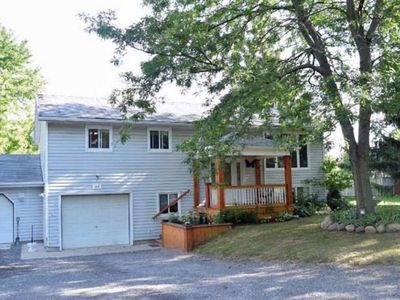 Photo for 4BR House Vacation Rental in Bloomfield, ON