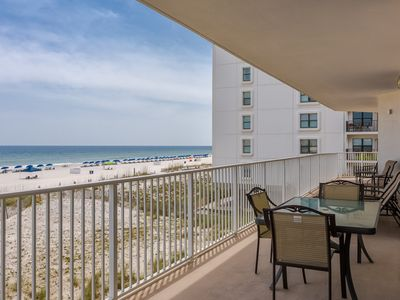 Photo for Gulf-front condo w/ shared beachside pools, hot tubs! Near top attractions!