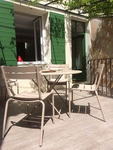 Comfortable and stylish Luxembourg chairs for your meals on the terrace