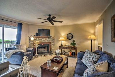 Escape to Beech Mountain at this lovely vacation rental condo!