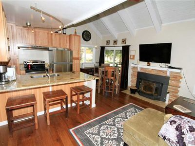 Photo for Heritage 201: 2.5 BR / 2 BA  in Mammoth Lakes, Sleeps 9