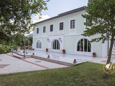 Photo for Villa Dama d'Acqua - Baroque style Villa, with private pool