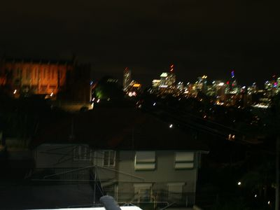 Photo for Walk to QUT or Suncorp stadium or enjoy the view