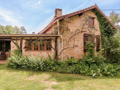 Photo for Family house in a fairytale hamlet with a beautiful swimming pool