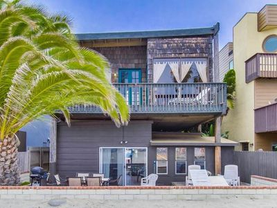 Photo for Island Style One Bedroom Located on the Sand in South Mission Beach