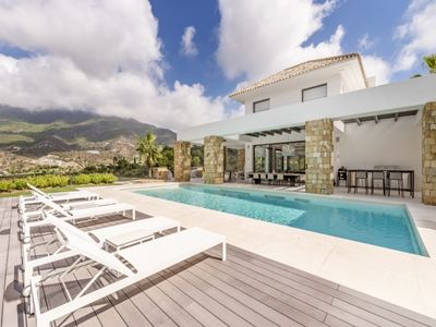Photo for 8 bedroom Villa, sleeps 16 in Benahavís with Pool, Air Con and WiFi