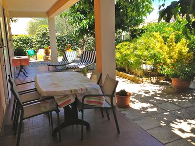 Photo for Apartment near center Aigues-Mortes, quiet, shaded terrace, closed parking.