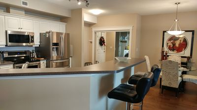 Photo for Room For Everyone With Over 1500 Sq. Ft, 2 Bed Plus Den At Discovery Bay Resort