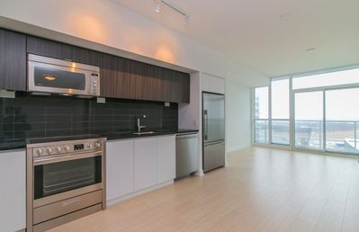 Photo for Lakeview Condo by Rogers Centre