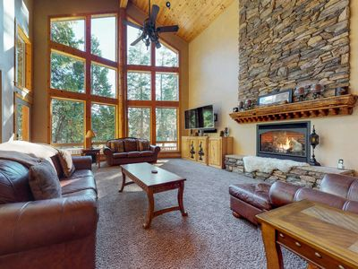 Photo for Spacious ski lodge-style home w/ deck & game room - six miles to Shaver Lake