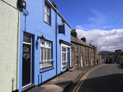 Photo for 31 CASTLE BAKERY, family friendly in Criccieth, Ref 1008700