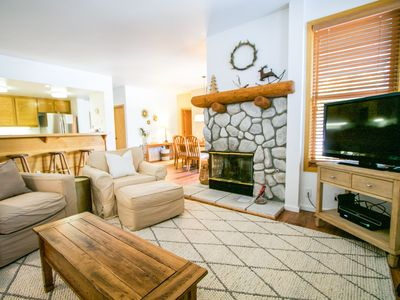 Photo for On The Snowcreek Golf Course, Private Washer/Dryer, Spacious and Bright