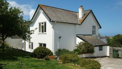 Photo for Clovelly Cottage - Four Bedroom House, Sleeps 8
