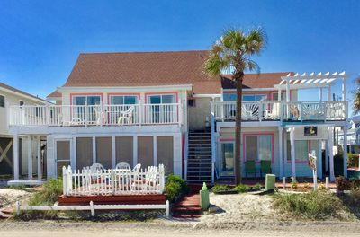 FRONT VIEW OF BEACH COTTAGE