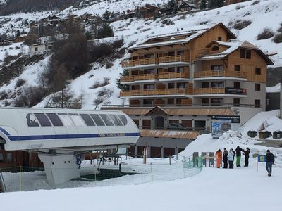 Photo for Appart at the foot of the slopes in a luxury residence with terrace 50 M2