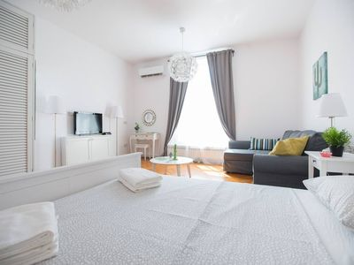Photo for 2BED, 2BATH Apartment in the heart of Zagreb, Parking, Wifi, AC, cook&wash
