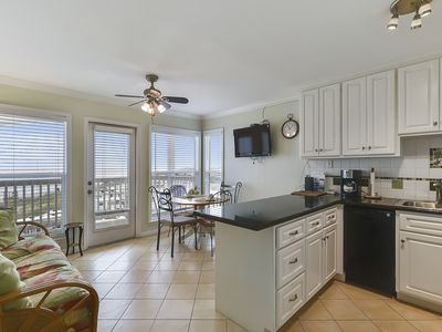 Popular Beachside suite 1305 expansive Beach views new Moody Golf Course