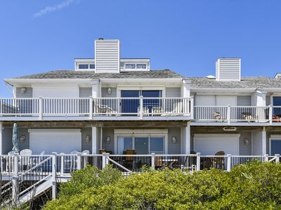 Photo for DAILY ACTIVITIES & LINENS INCLUDED!*  OCEANFRONT - GREAT VIEW / EASY BEACH ACCESS